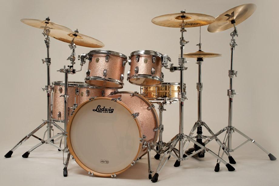 Masturbating Ludwig vintage drum set and